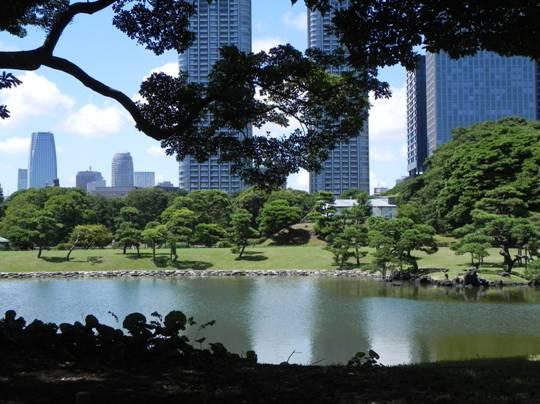 Hiroshima a oriente di dove for Giardino hamarikyu