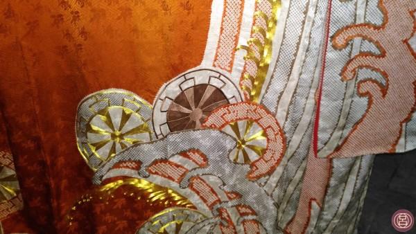 Particolare di un kimono in mostra a Treviso. (Foto di R.M.)